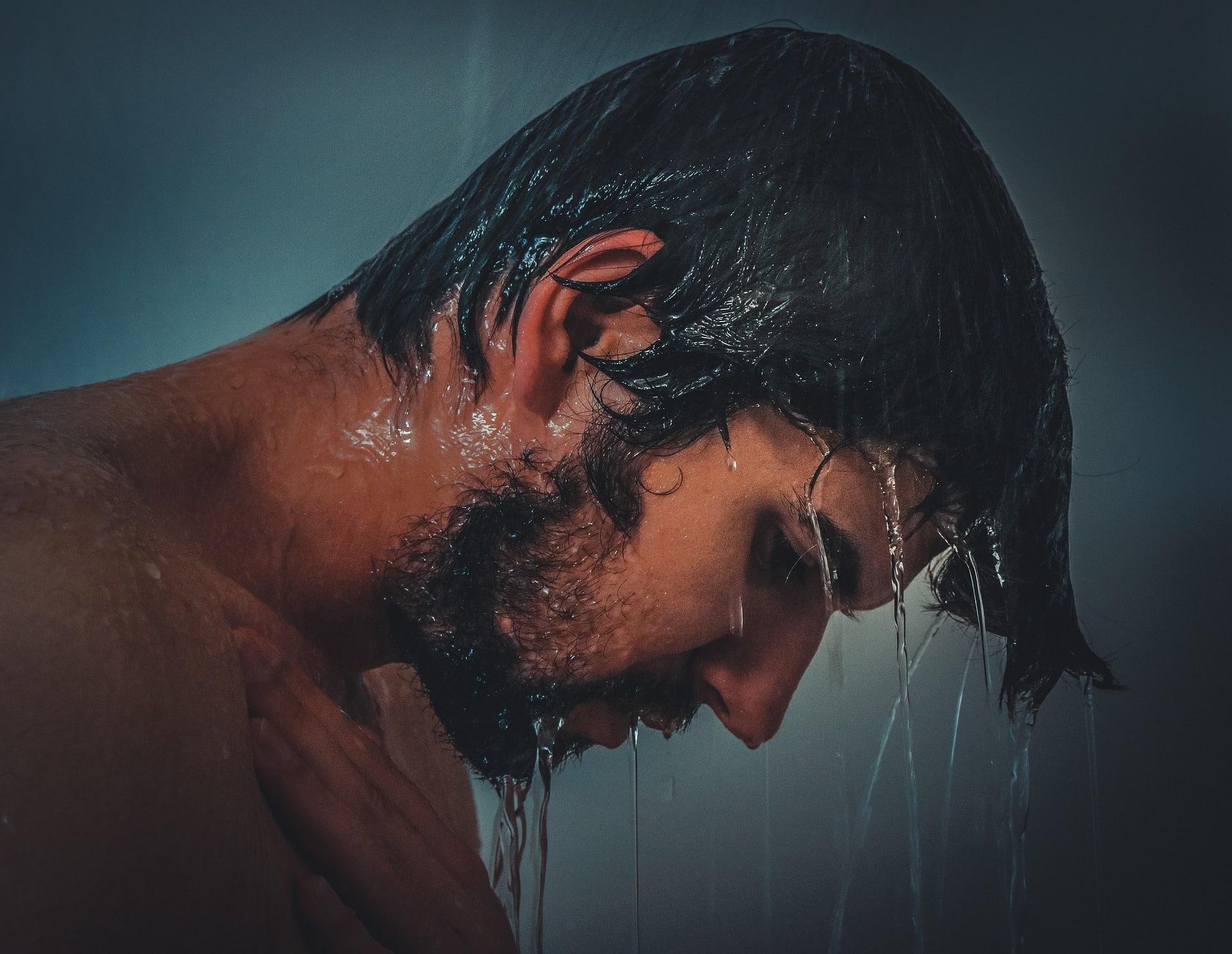 Pod sprchou